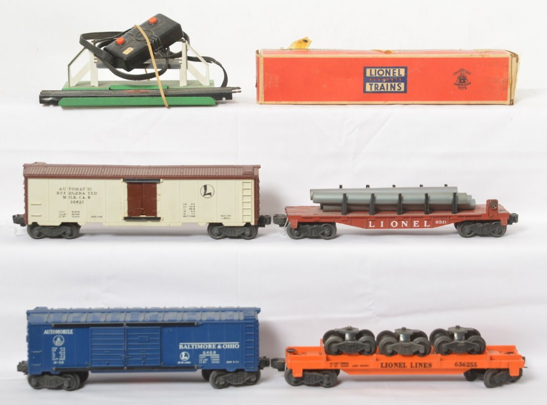 Lionel 6362, 6468, 6511, 3662, freight cars