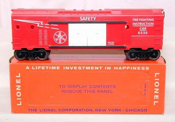 868: Mint Lionel 6530 Fire Car, OB