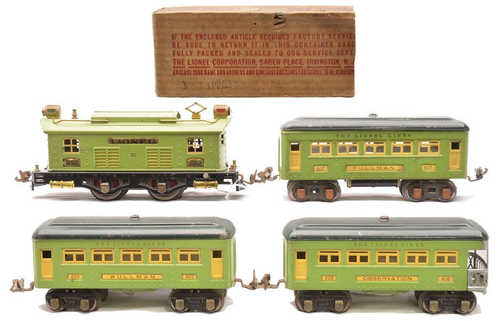 Lionel 2-Tone Green Passenger Set no. 296E