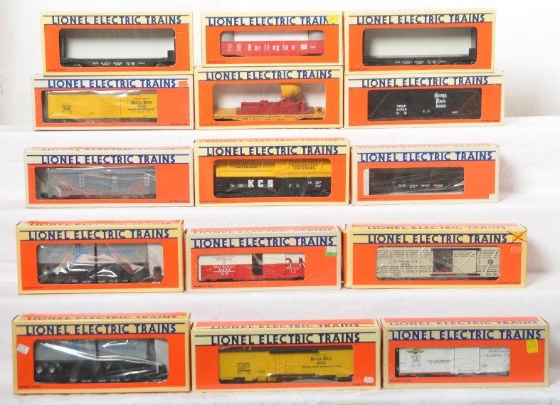 15 Lionel freight cars 16911, 5722, 16387, etc