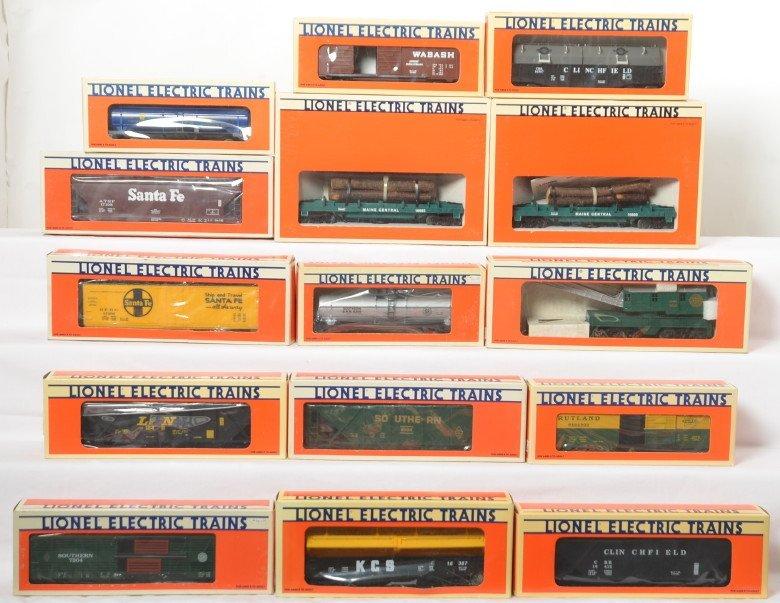 15 Lionel freight cars 16124, 6306, 7304, 6104, etc