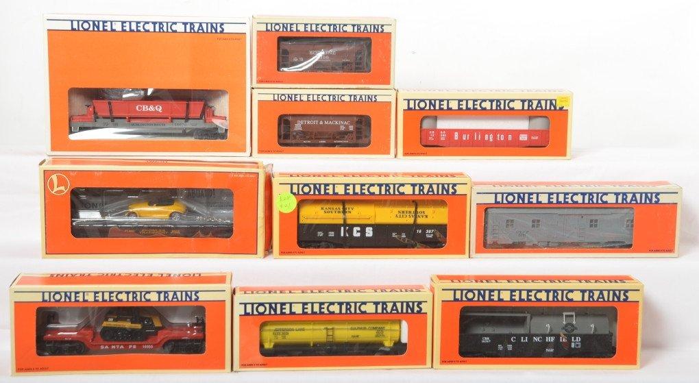10 Lionel freight cars 19323, 16367, 6116, 5715, etc