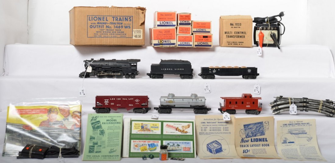 Lionel No. 1469 WS freight train set w/2035/6466W in OB