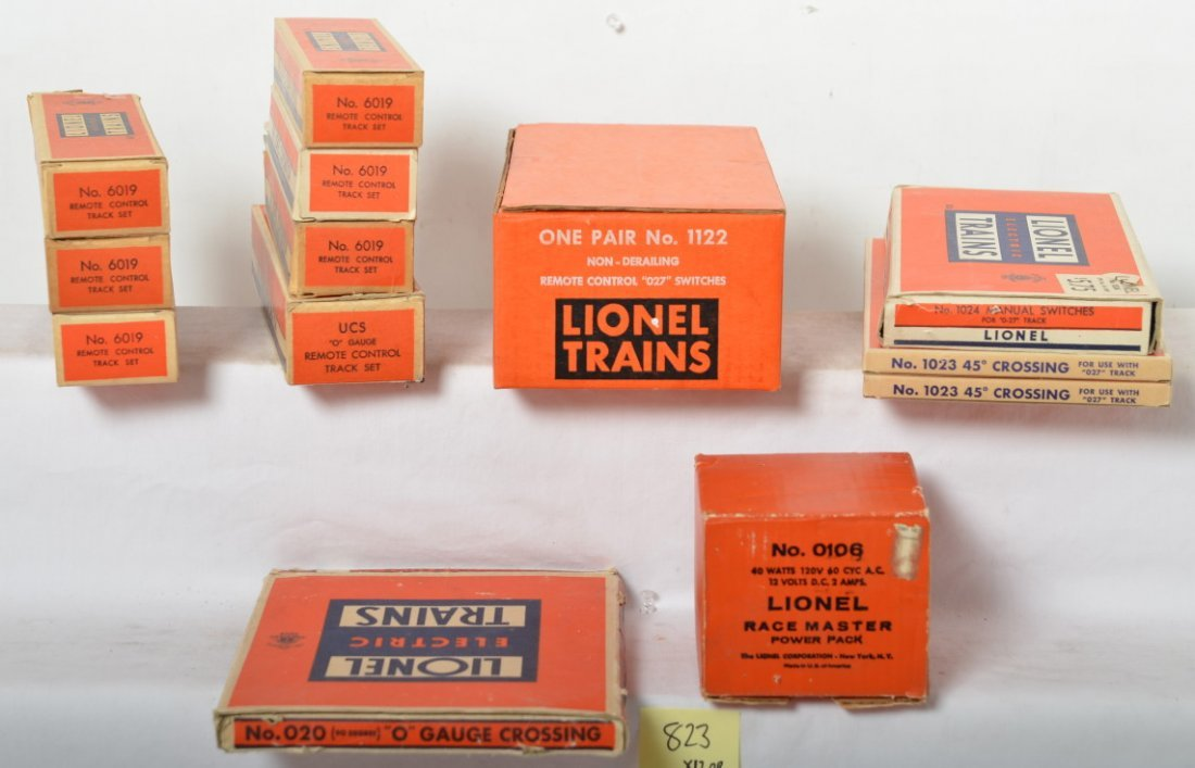 Lionel switches and track 1122, 0106, 1023, 6019, etc