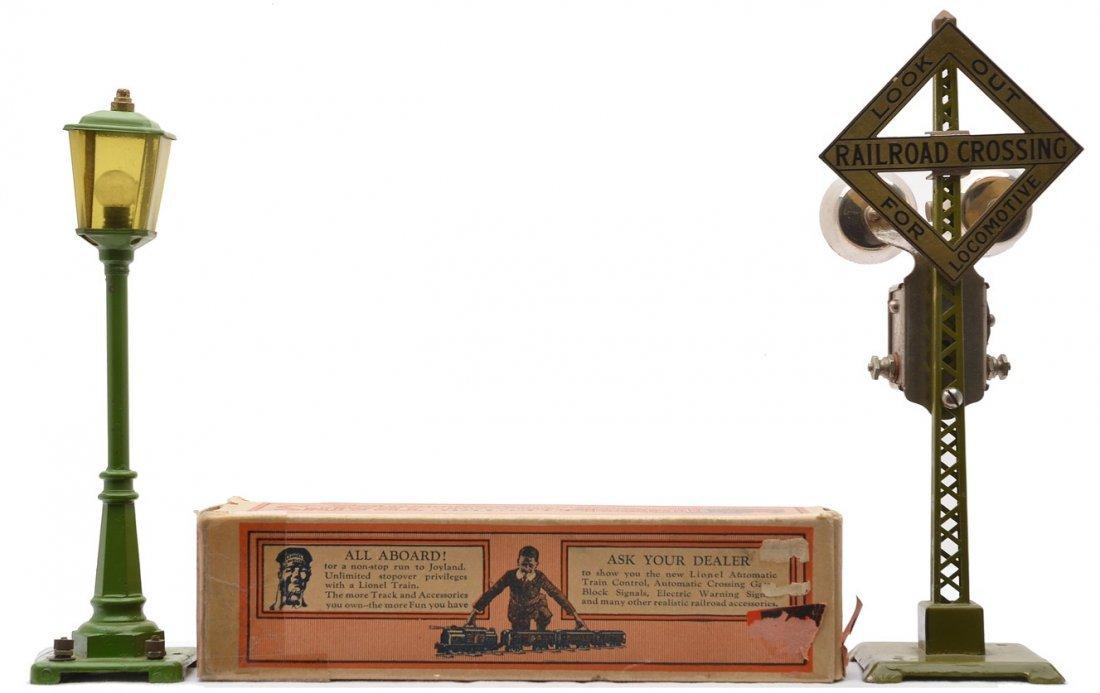 Lionel 56 P. Green Lamp Post OB 68 Signal