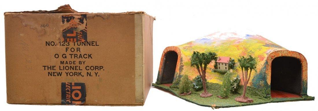 Lionel Prewar 123 Tunnel Boxed