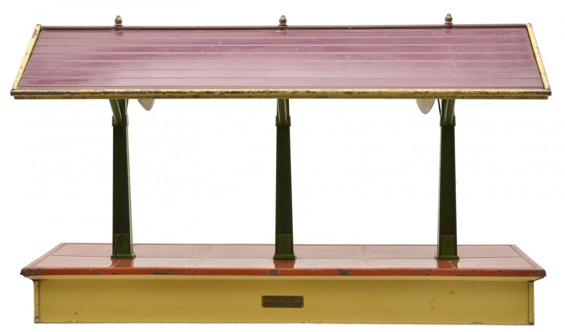Lionel 155 Freight Shed T.Cotta Floor Maroon Roof