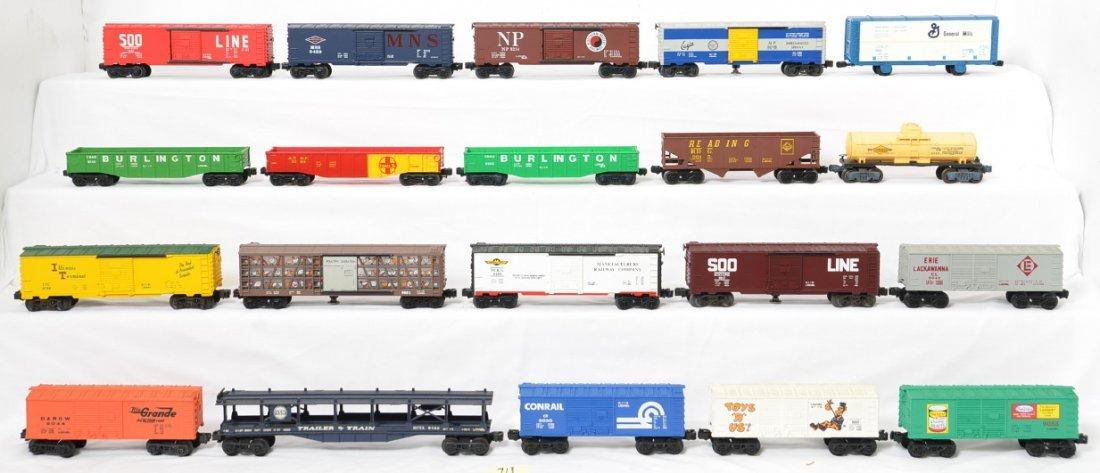 20 Lionel freight cars 9140, 9047, 9015, etc