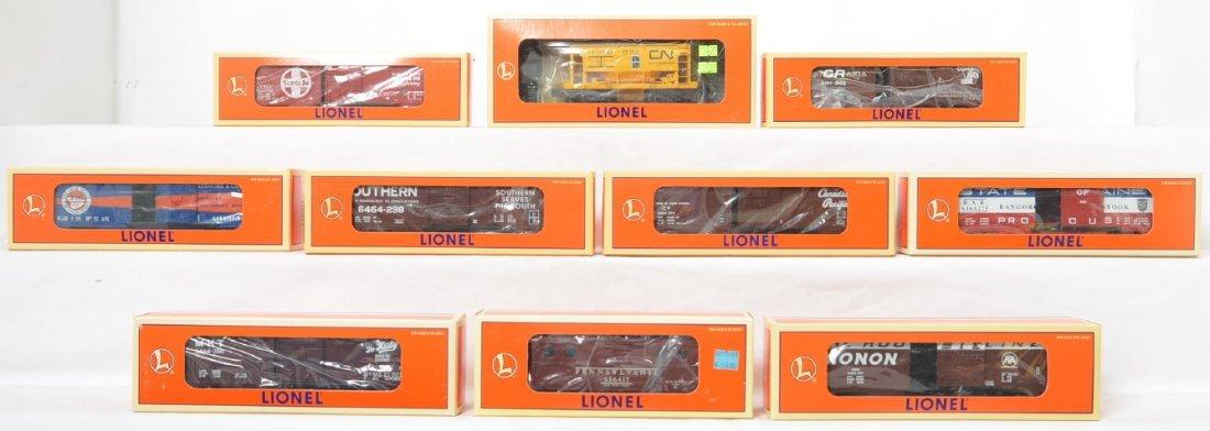 10 Lionel freight cars 19294, 19285, 19293, etc