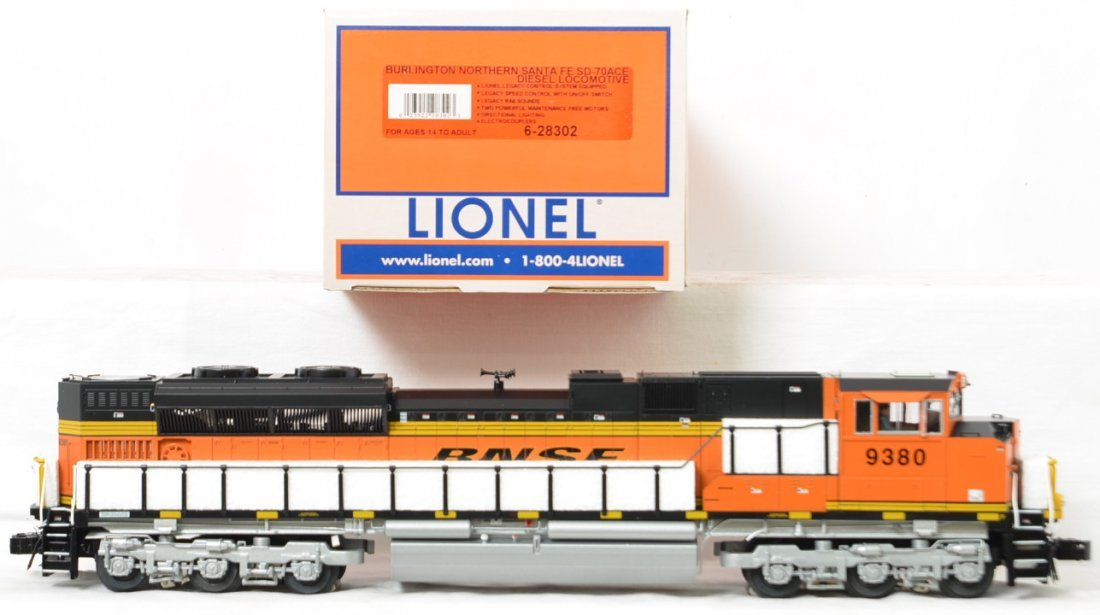 Lionel BNSF SD70ACe with Legacy 28302 - 2