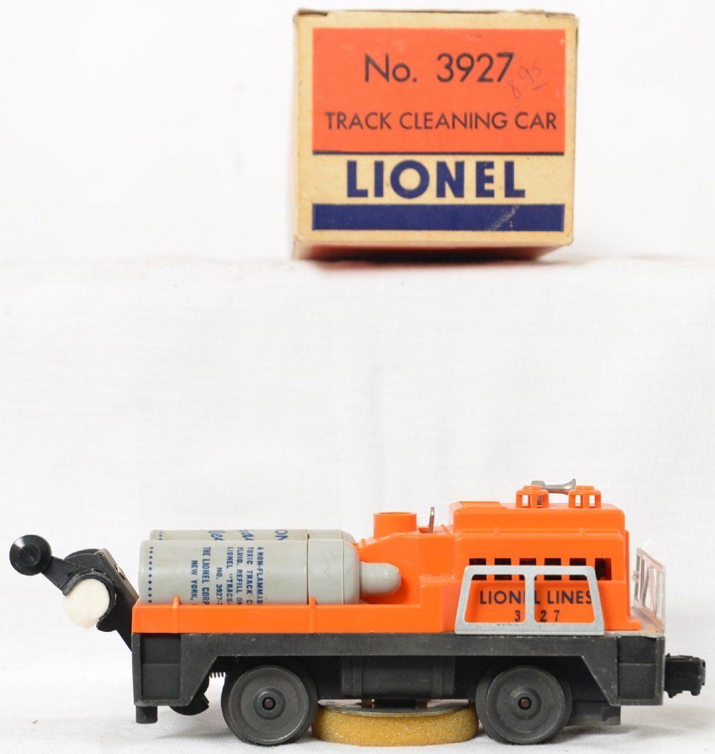 Lionel Postwar O gauge 3927 track cleaning car in OB - 2