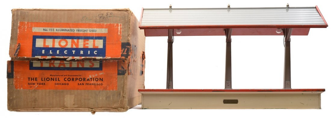 Lionel 155 White/Red/Gray Freight Shed Boxed