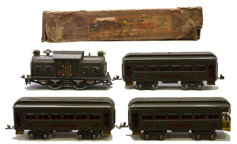Lionel Gray Sears Passenger Set no. 5185 Boxed