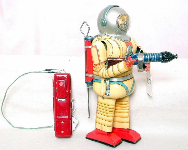 5: TN Japan tin battery op spaceman