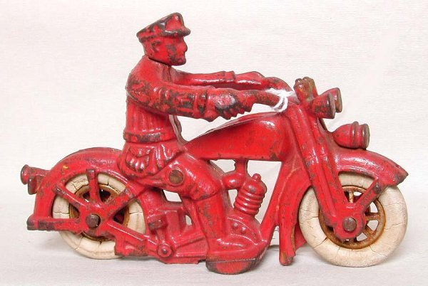 23: Cast iron Harley Davidson motorcycle