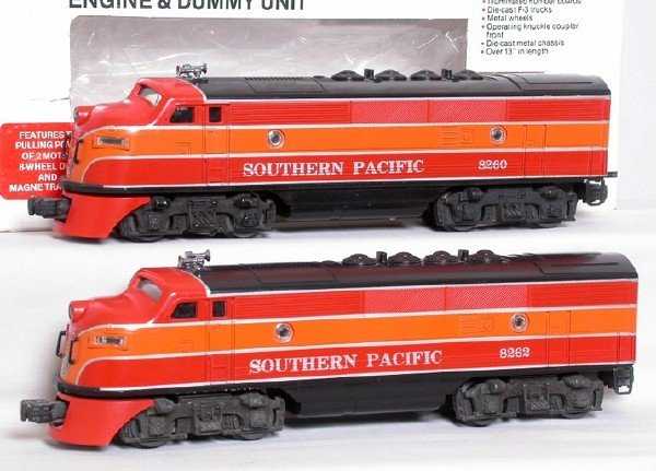 6: Lionel 8260 Southern Pacific F3 A-A set, OB