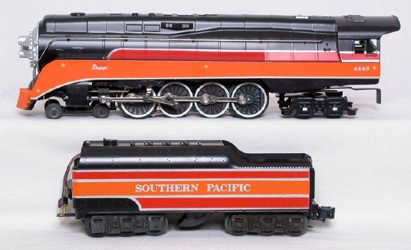 10: Lionel 8307 Southern Pacific 4-8-4 and tender