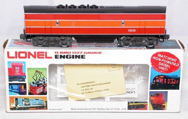 12: Lionel 8261 Southern Pacific F3B dummy, OB