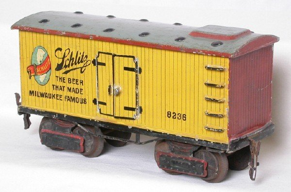 905: Gauge 1 Marklin Schlitz Beer car 8236
