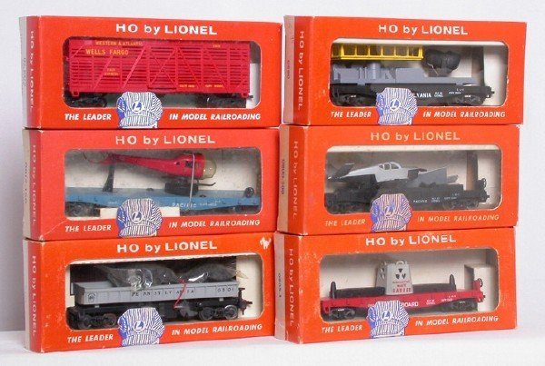 1058: Lionel HO cars 0301 0370 0800 0805 0817 0880
