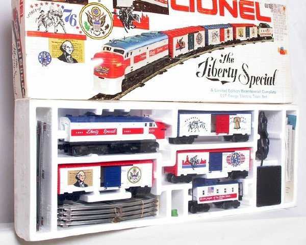 23: Lionel 1577 Liberty Special set, sealed