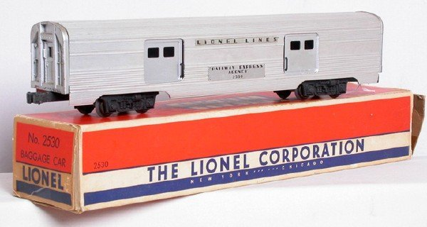 603: Lionel large door 2530 baggage car, OB