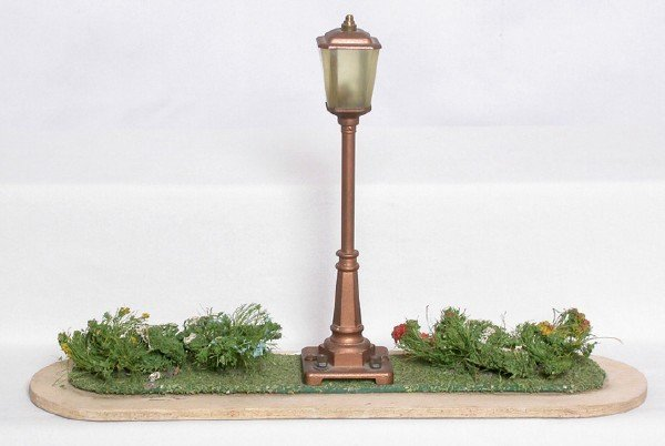 620: Lionel prewar 922 lamp plot with copper post