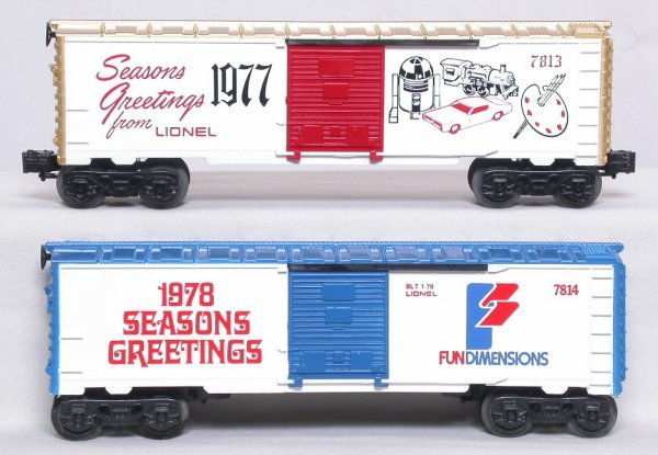 9: Lionel 7813 7814 Seasons Greetings boxcars