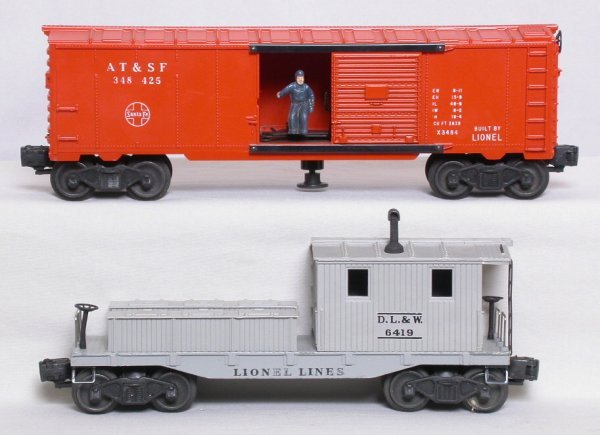 22: Lionel 3484-25 ATSF boxcar 6419 DLW work caboose