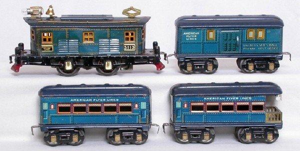 7: American Flyer prewar O blue 3113, three-car set
