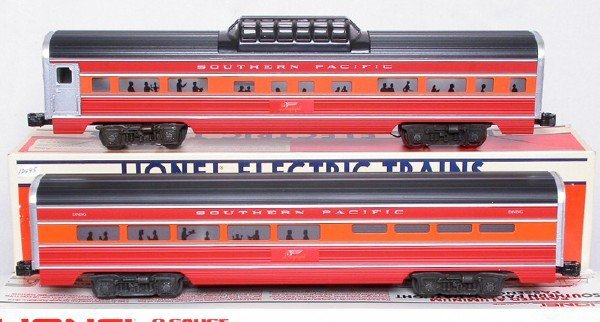 12: Lionel Southern Pacific 7204 dining 7211 dome car