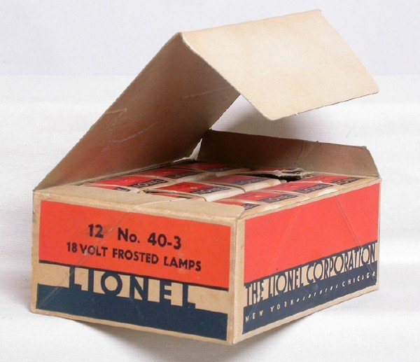 719: Lionel master carton 12 No. 40-3 18 frosted lamps