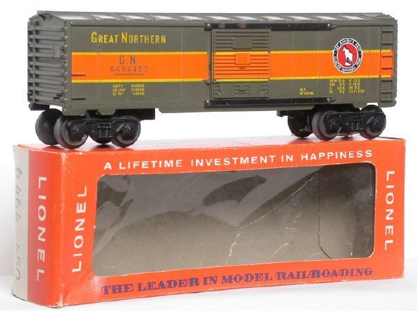 2619: Lionel 6464-450 Great Northern Boxcar OB