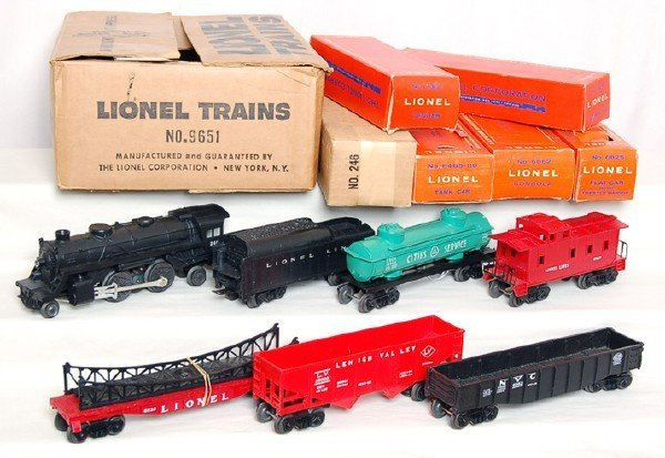 4: Lionel set 9651 boxed set with 246 loco