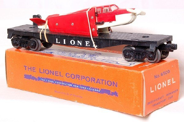 801: Nice Lionel 6500 Beech airplane on flat, OB