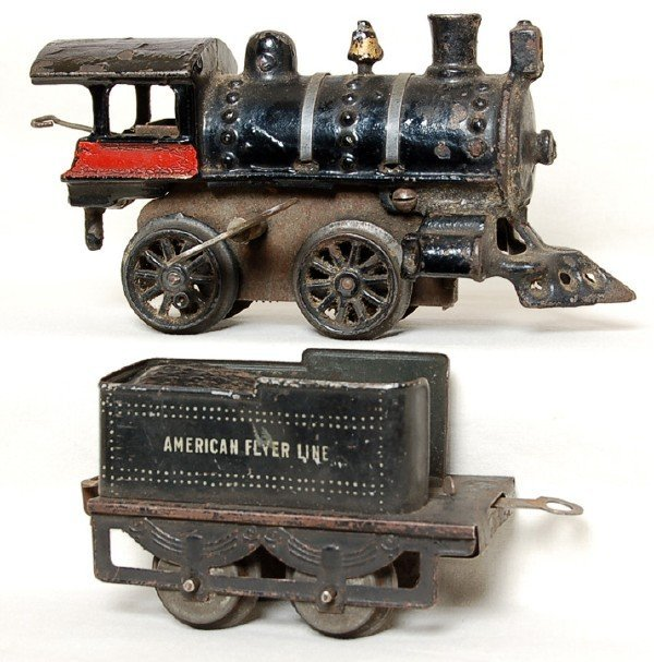 806: Early American Flyer prewar loco and tender