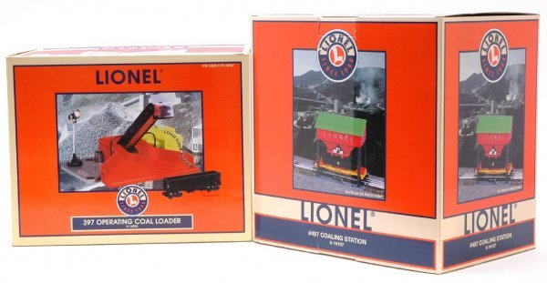 1009: Lionel 14107 and 14004 Coal Loader MINT Boxed