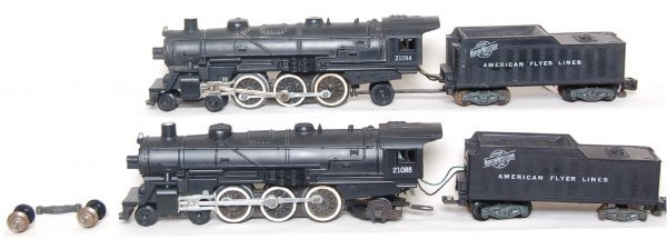 34: American Flyer 21084 and 21085 steam engines - 2