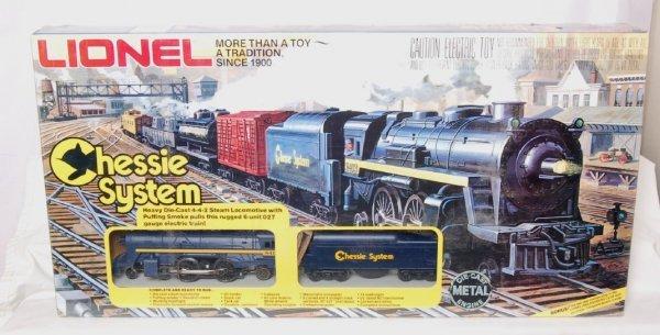 329: Lionel 1402 Chessie System Train Set Sealed