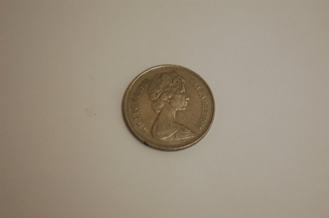 1968 GREAT BRITAIN 10 NEW PENCE