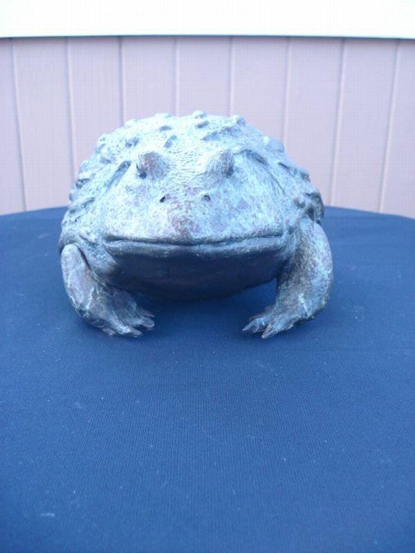 11: Bronze Frog Sculpture
