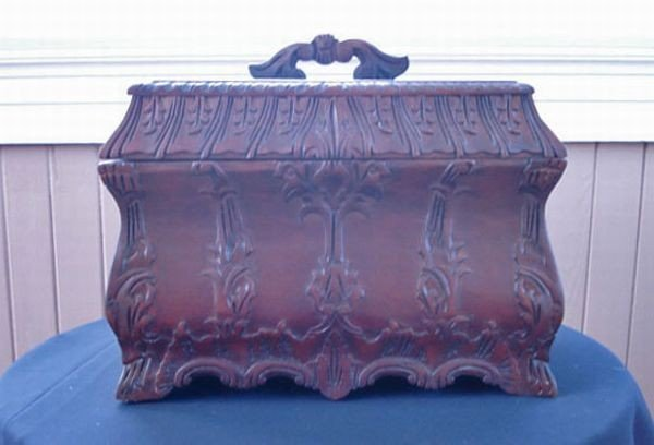 19: Carved Rosewood Tea Caddy