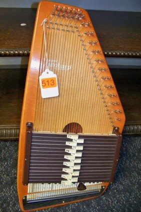 AUTOHARP WITH BOX
