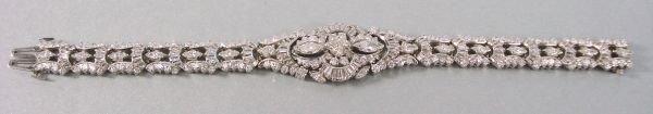 131: Platinum Art Deco Diamond Bracelet