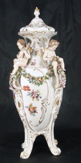1001: Capodimonte Urn with Cherubs