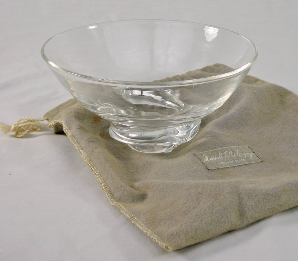 1025: Steuben Glass/Crystal Bowl