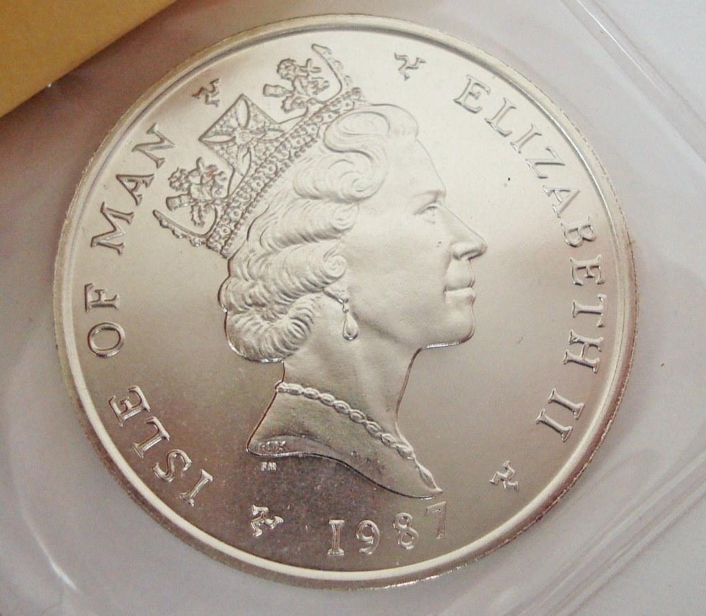 1094: 1987 Isle of Man Noble Platinum Coin, 1 Oz.