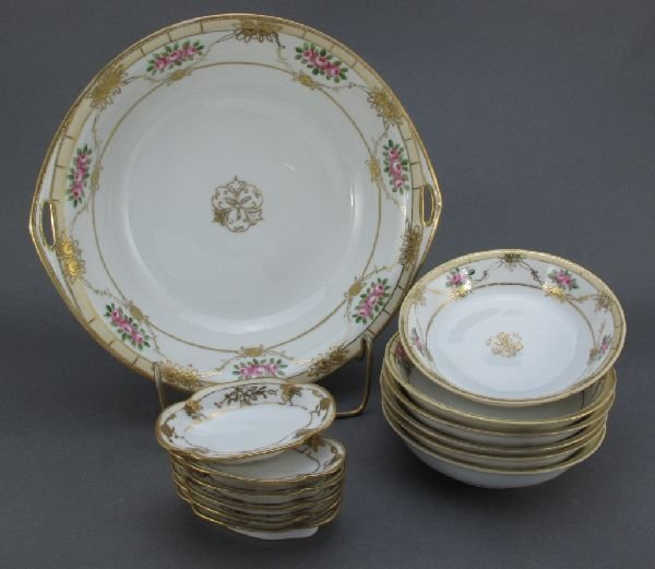 11: Nippon Berry Bowl Set and Nut Dishes
