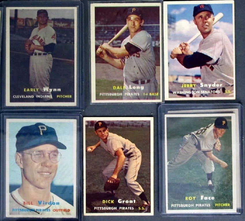 44 - 1957 TOPPS Baseball Cards - 2