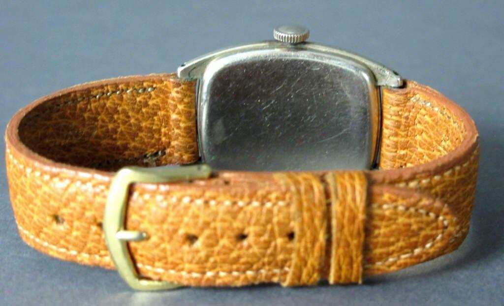 Illinois Mechanical Wrist Watch 17J Curved - 2